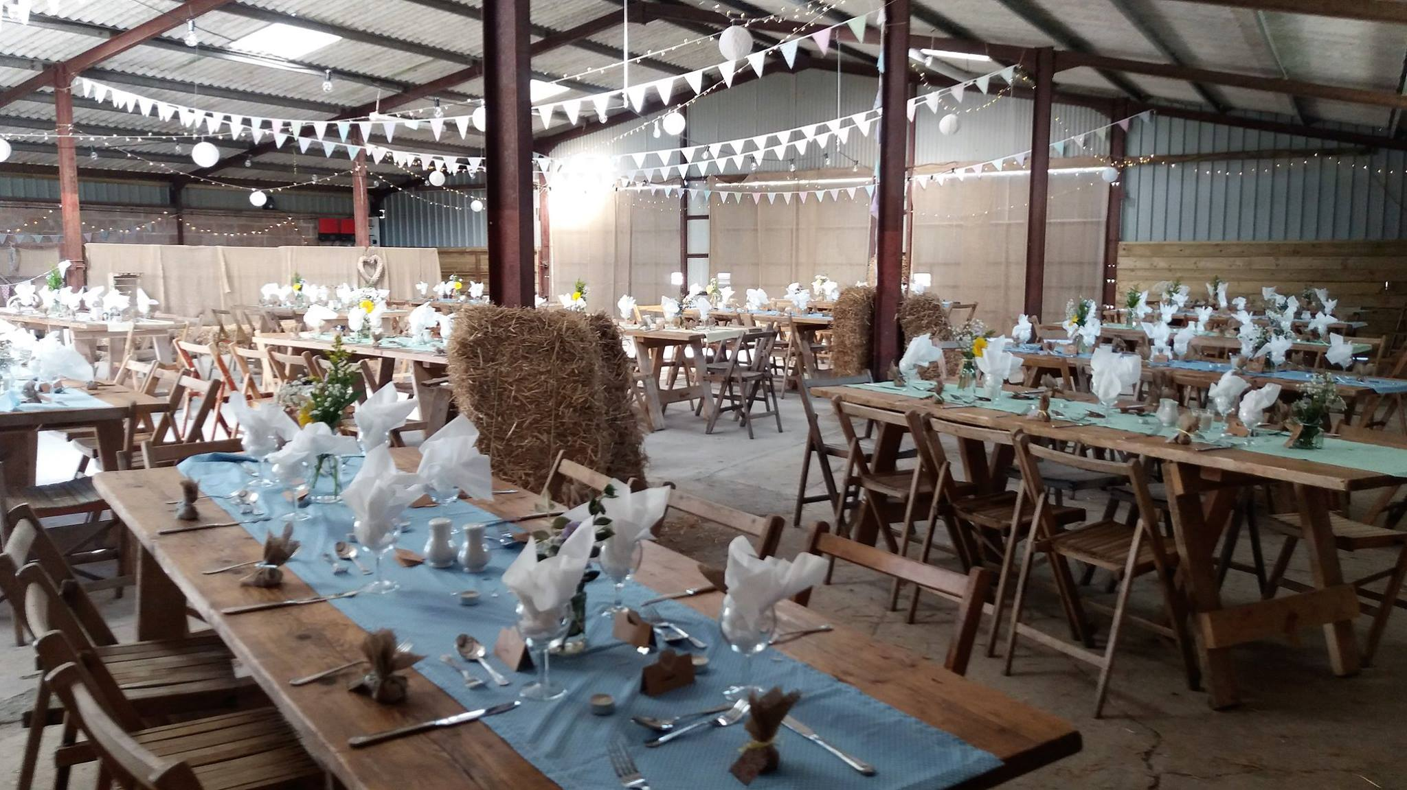 Barn-Dance-Style-Wedding-Venue-in-North-Devon_CivilWedding