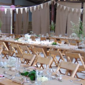 vintage-wedding-venue-in-north-devon_Barn Dance Wedding Venue In North Devon